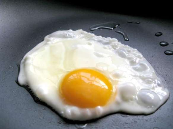 fried egg without water
