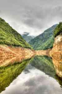 Cruising Down The Yangtze River