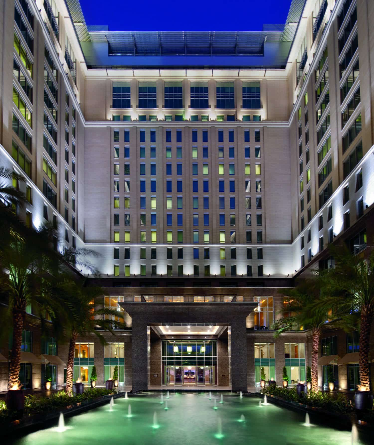 The Ritz-Carlton Dubai & DIFC (Review)