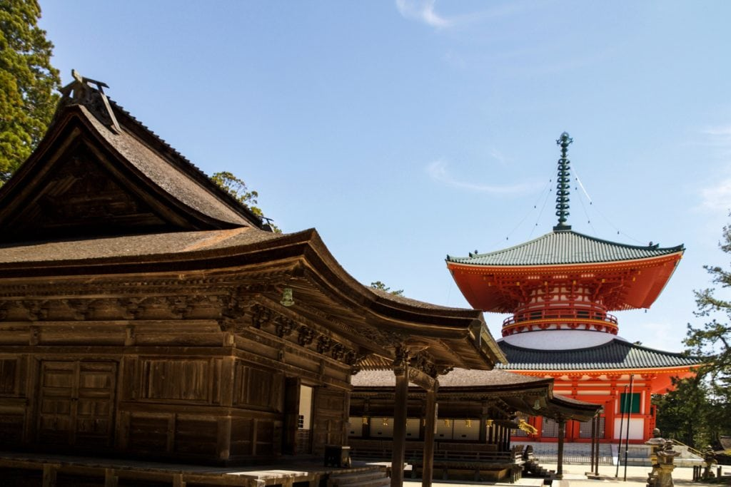 temples of koyasan - places to visit in japan