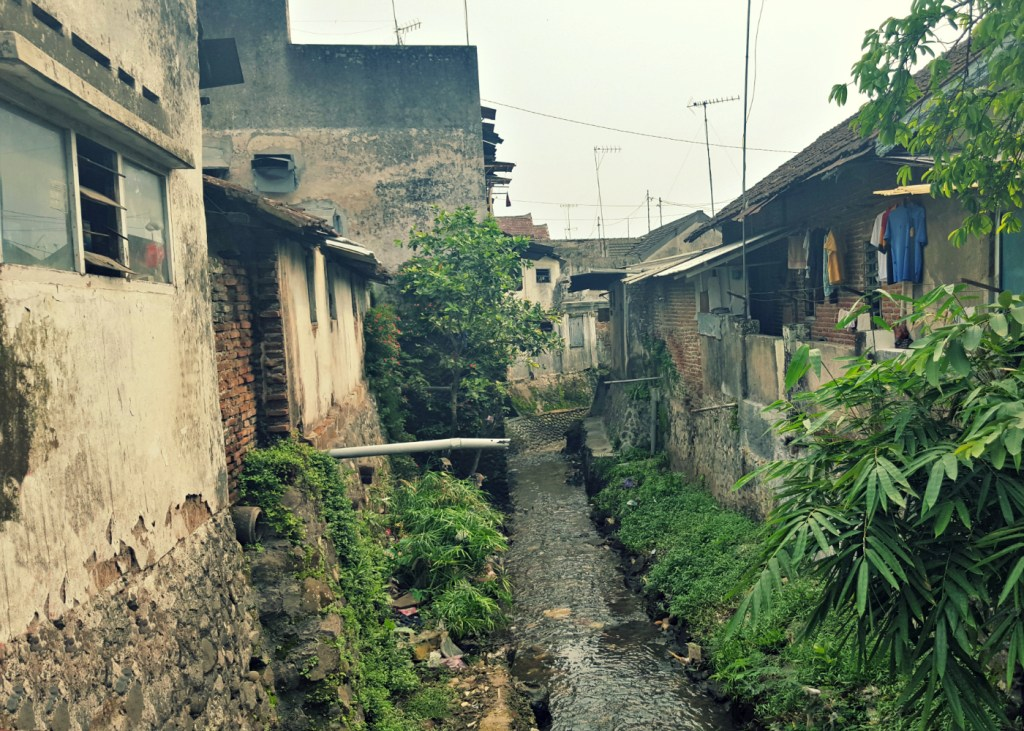 malang-indonesia-canal