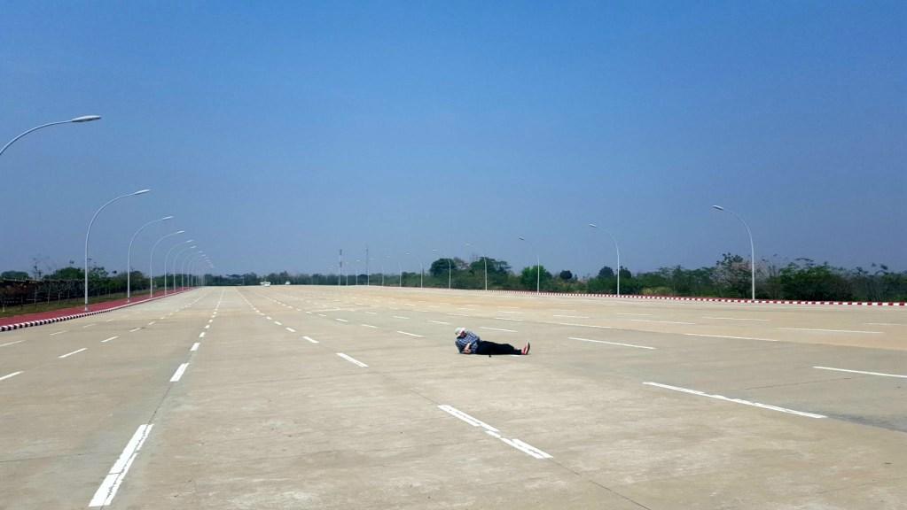 highway-Naypyitaw-Myanmar-Burma-3