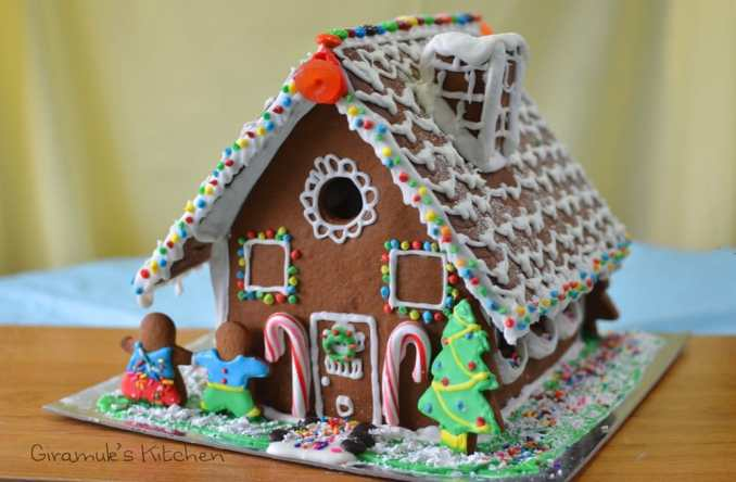Gingerbread House (Recipe & Template) | The Flavor Bender