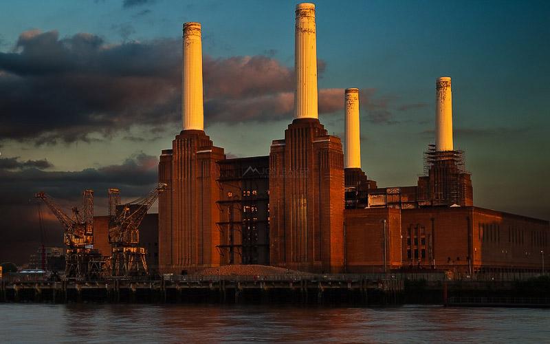 battersea_power_station_sun