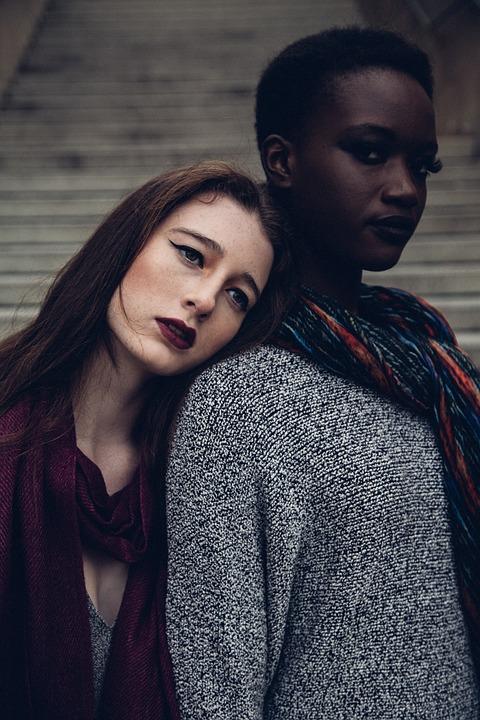 Deux femmes unies