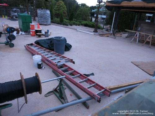 small resolution of magic kingdom hub construction update august 16 2015 mk construction aug1615e