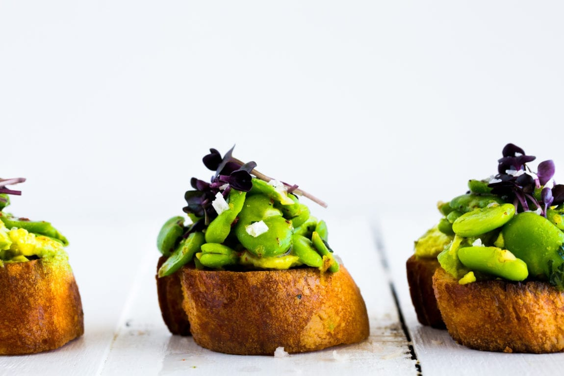 broad-bean-tarragon-avocado-crostini-6-of-11