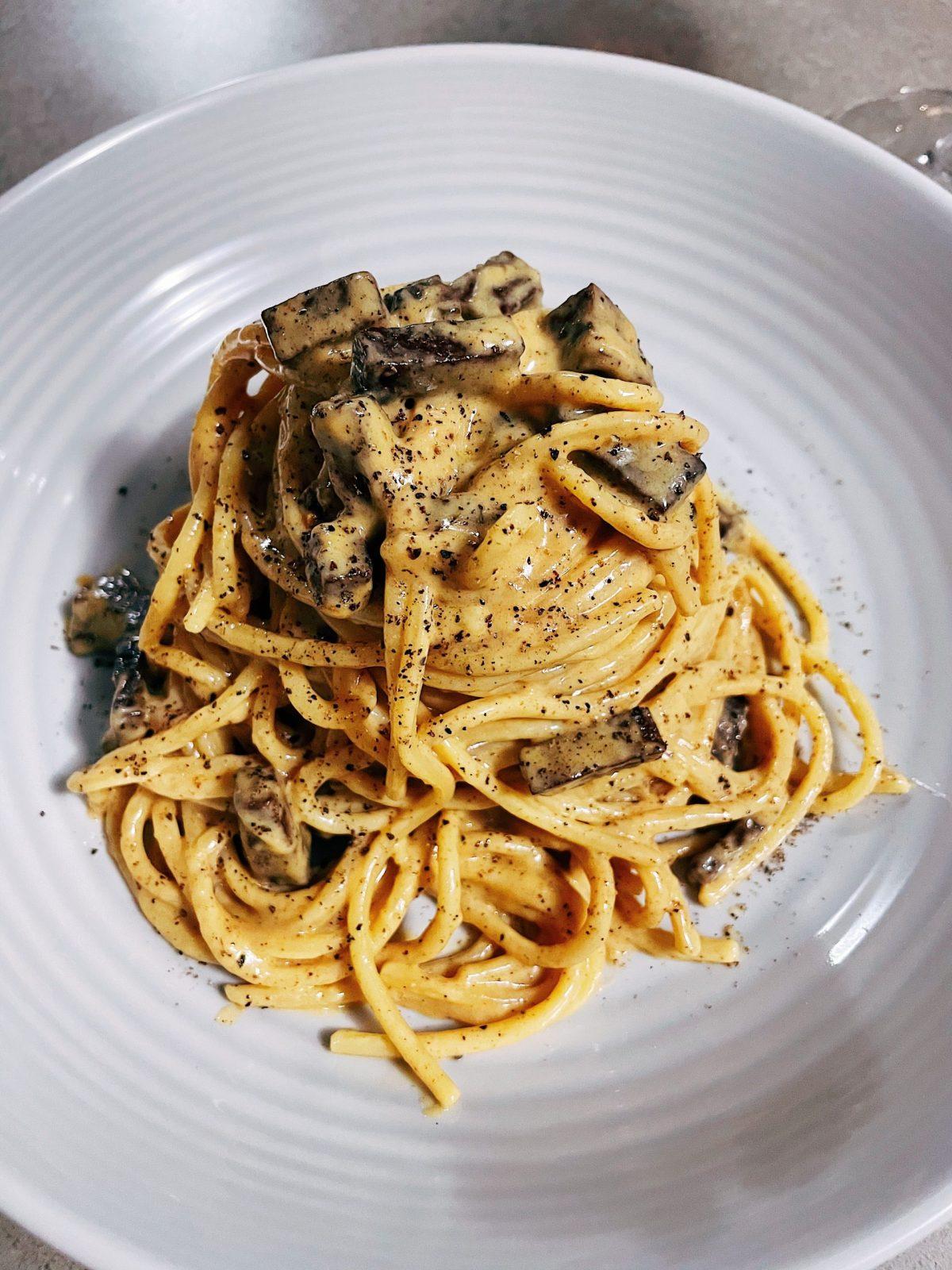 The Best Vegan Carbonara Recipe | The Floured Kitchen