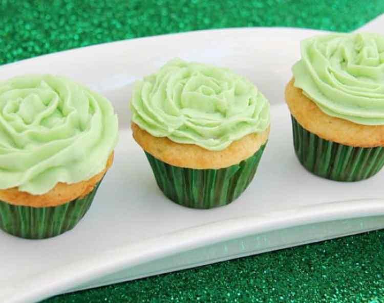 St. Patrick's Day Desserts. Cupcake recipes.