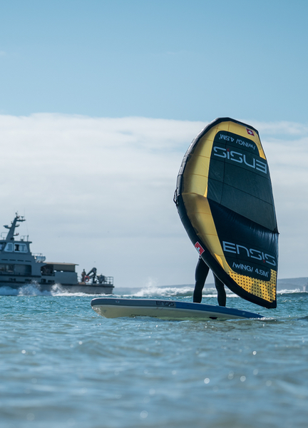 ENSIS iSUP with wing surfer