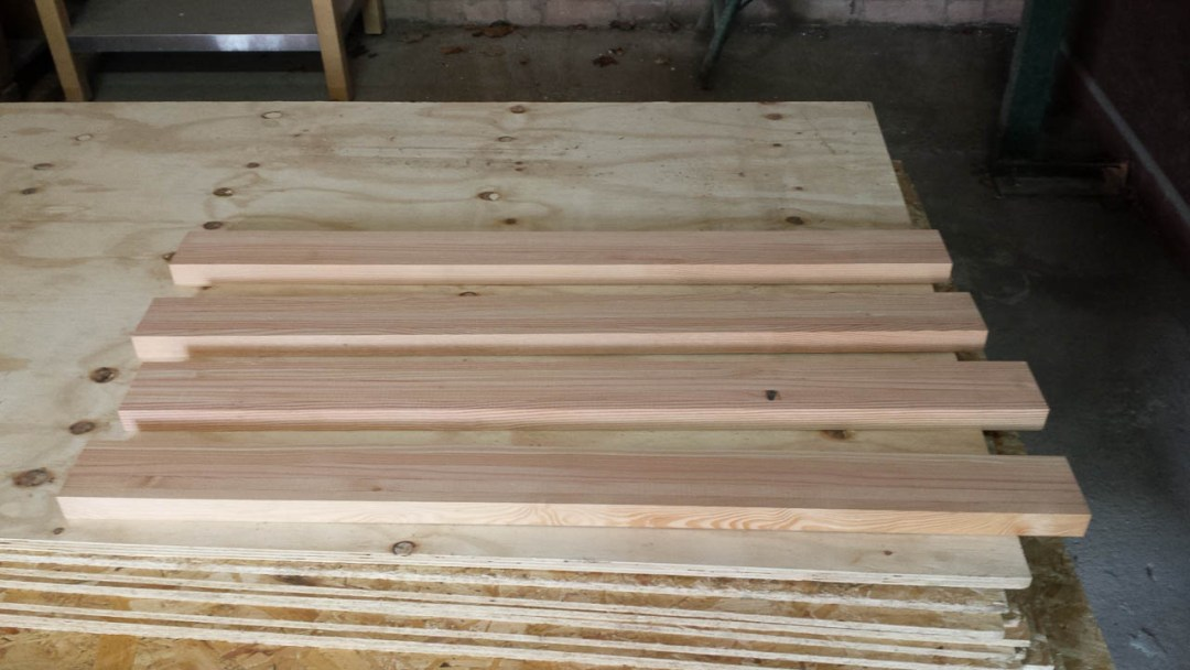 19 Laminated Wooden Blanks For Turbine Blades