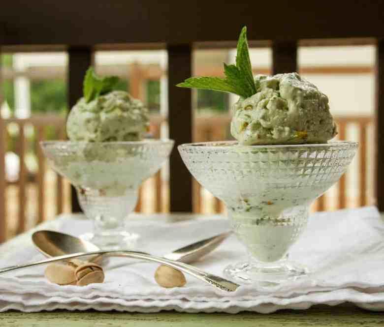 Pistachio Mint Frozen Yogurt