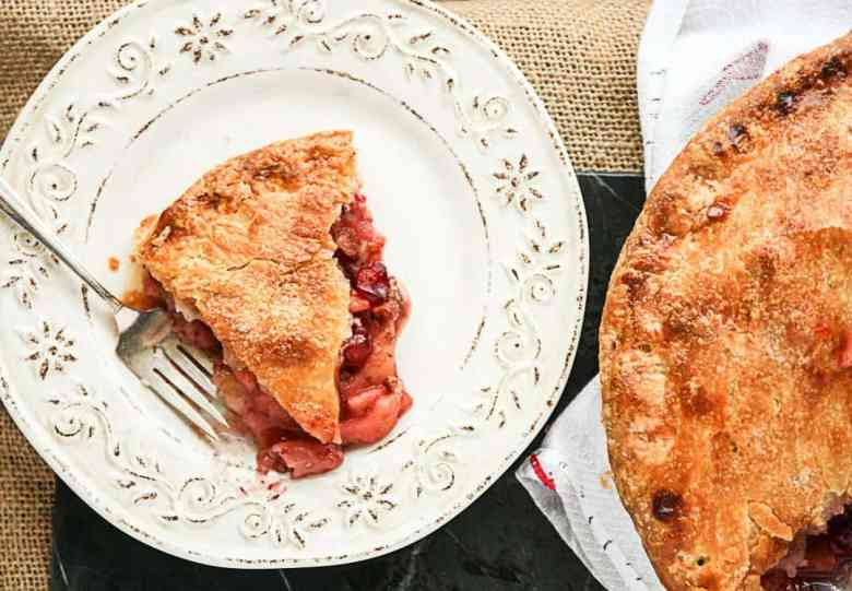 Apple Cranberry Pie with Pecans, Cinnamon and Cardamom
