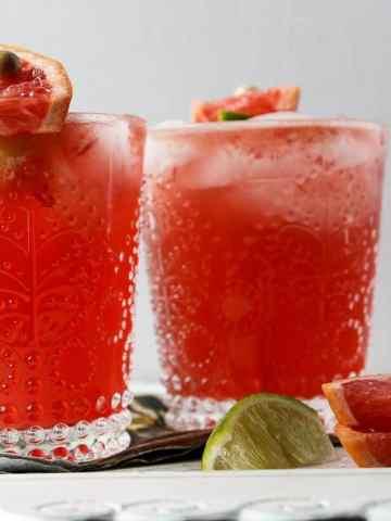 Greyhound Drink - Grapefruit Vodka Cocktail