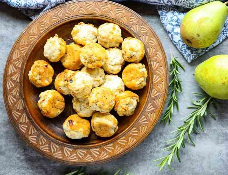 Pear Gorgonzola Bites