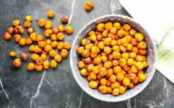 Spiced Lemon Roasted Chickpeas