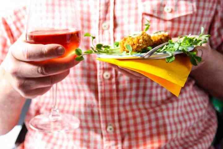 Spring Wine & Appetizer Pairings: Cajun Crab Cakes