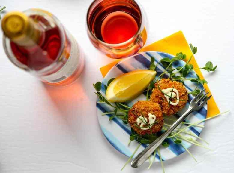 Crab Cakes and White Zinfandel