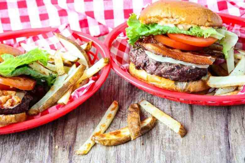 Grilled Cheeseburgers with Bacon, Lettuce & Tomato