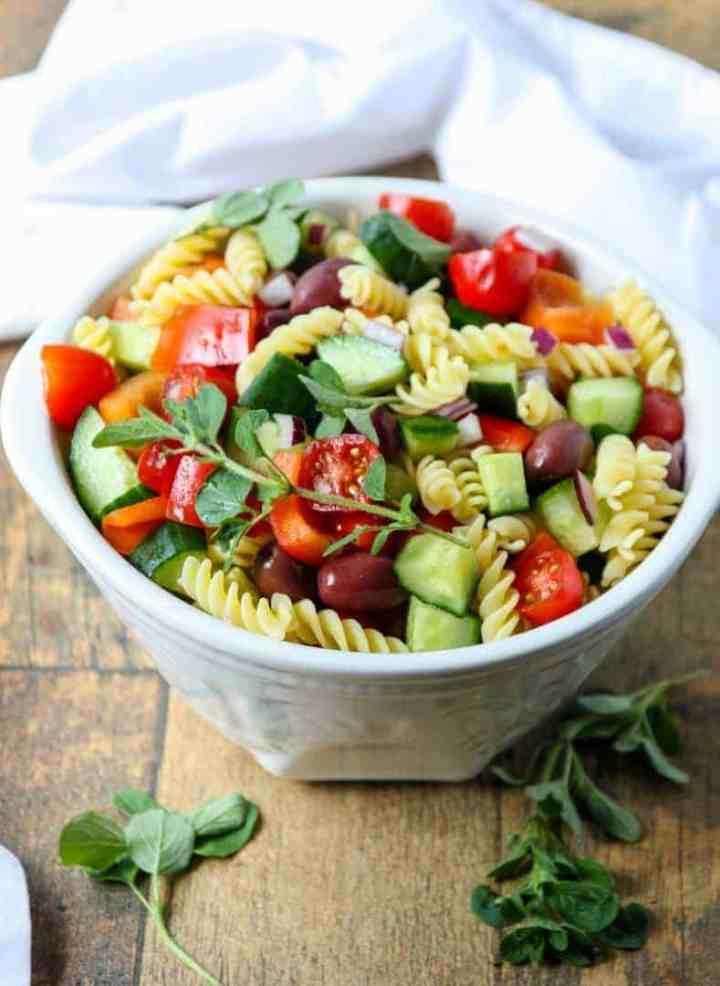 A bowl of vegetable salad