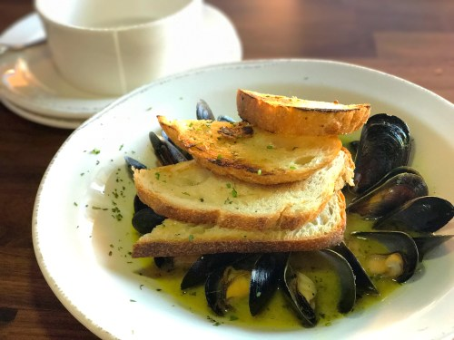 Bull and Grain Mussels
