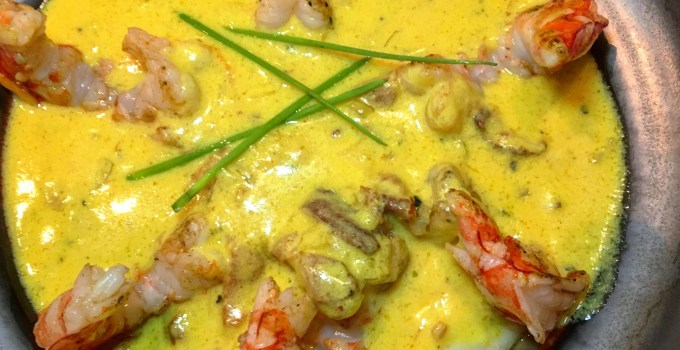 Saffron shrimp and grits