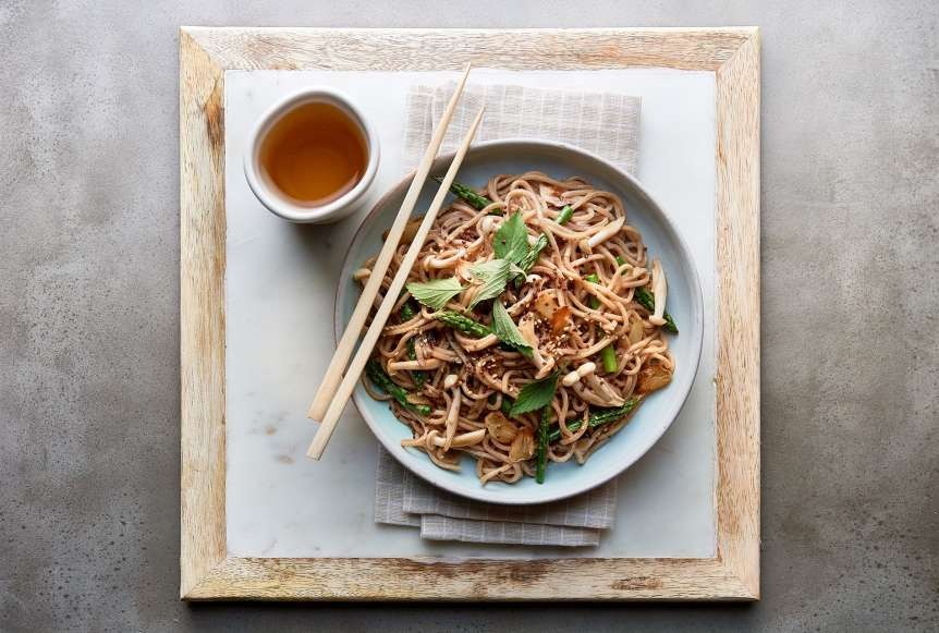 commercial food, food photography, advertising, lo mein, chinese, mushrooms, soy., dallas, houston, food styling, prop styling, Ralph Smith Food Beverage Photography