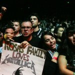 Metallica fans cheer for the band in Anaheim in 2009. (Vanessa Franko)