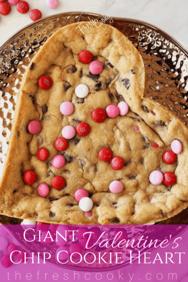 Giant Chocolate Chip Cookie Heart | www.thefreshcooky.com