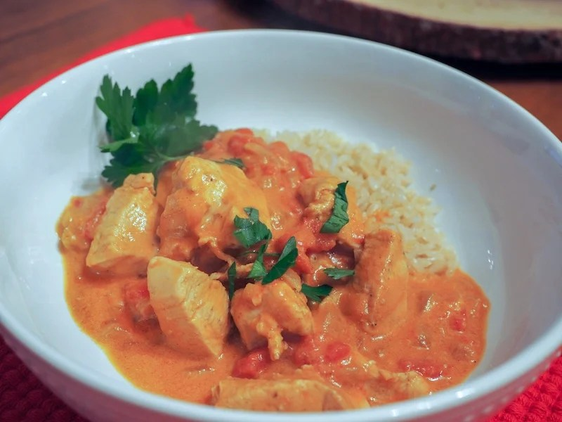Coconut Curry Chicken | www.thefreshcooky.com #lowcarb #keto #paleo #whole30
