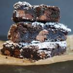 Basic Fudge Brownies | www.thefreshcooky.com #fudgebrownies #basicbrownies #easybrownies