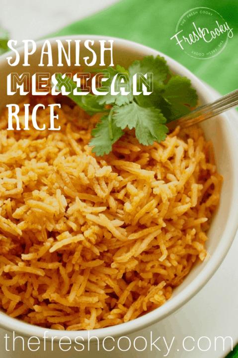 Bowl of spanish Rice | www.thefreshcooky.com