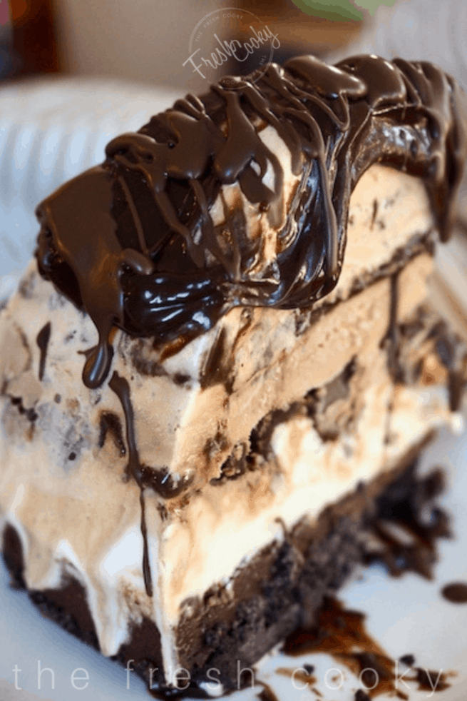Mile High Mud Pie Ice Cream Cake   www.thefreshcooky.com