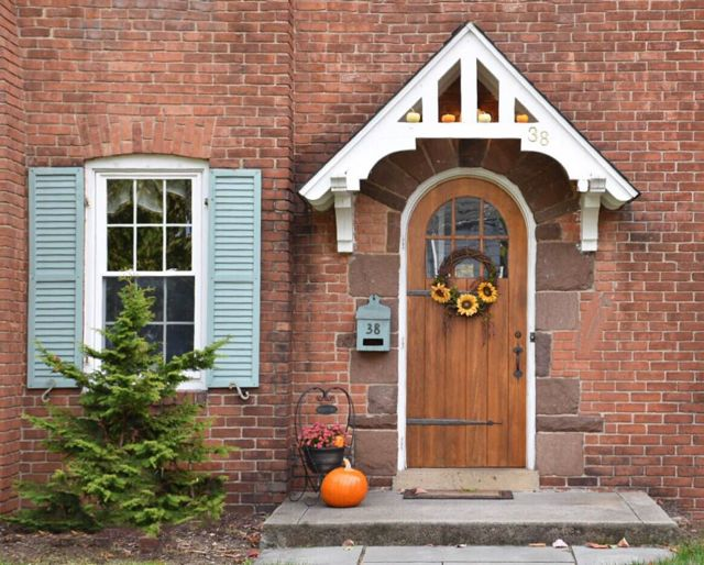 fall, fall decor, front door, door, door decor, west hartford, connecticut