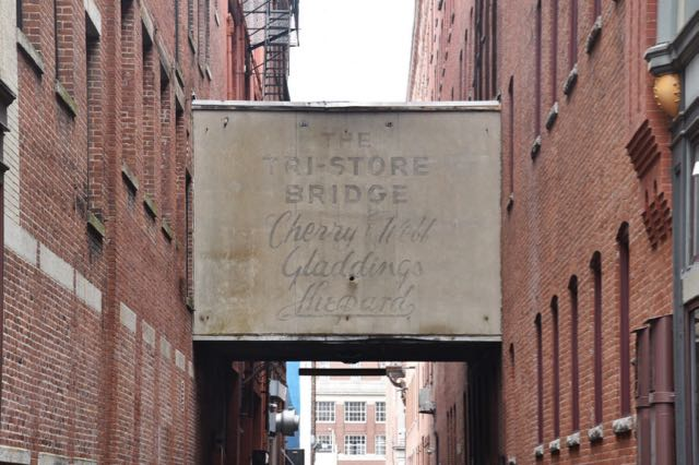 Providence, ghost sign