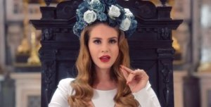 lana-del-rey-born-to-die-flower-crown