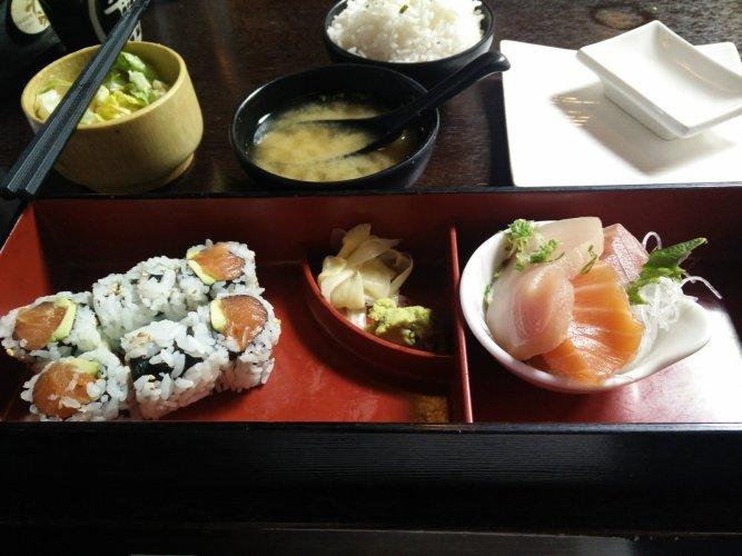 sushi-bento-box-restaurant