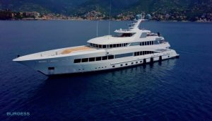 superyacht-min