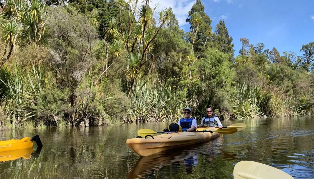 Kayking in Okarito Lagoon
