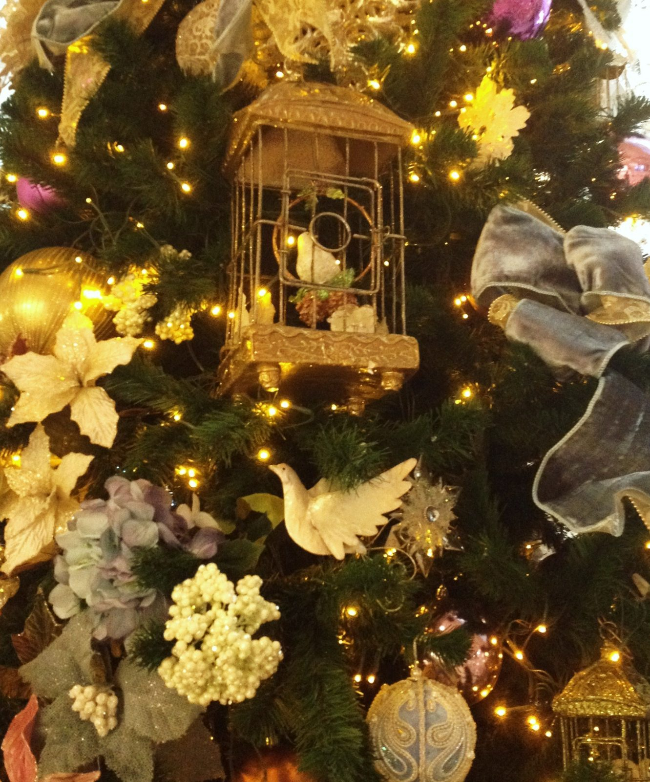 Take The Walt Disney World Christmas Tree Quiz!