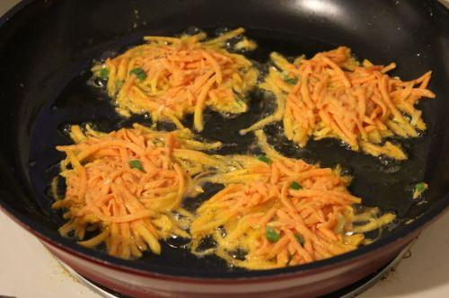 sweet potato latkes in the pan