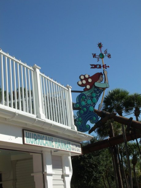 Hurricane Hanna's Waterside Bar & Grill Exterior