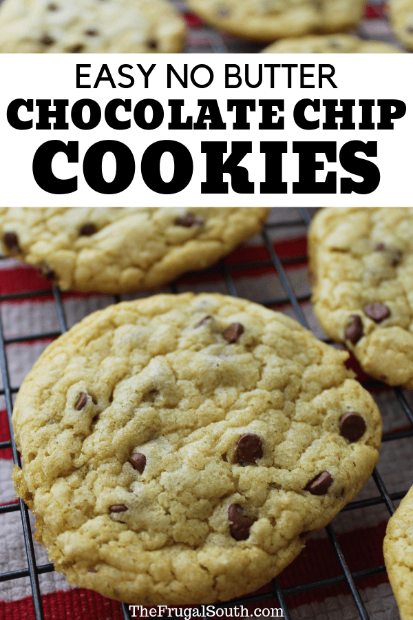 Easy no butter chocolate chip cookie recipe to the rescue when you don\'t (or can\'t) have butter! These delicious chocolate chip cookies without butter will save the day. My best butter free chocolate chip cookie recipe. #nobutterchocolatechipcookies #chocolatechipcookieswithoutbutter