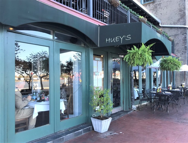 exterior of huey's on the river savannah