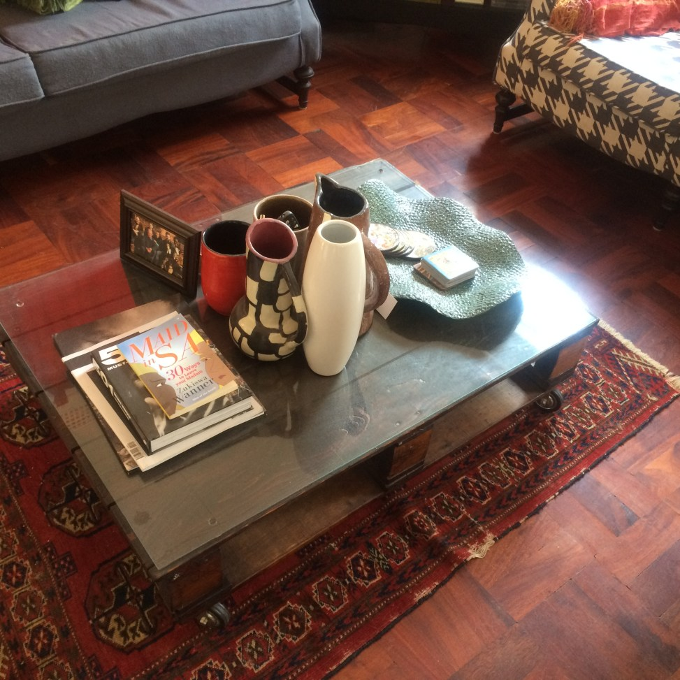 Pallet coffee table with castors