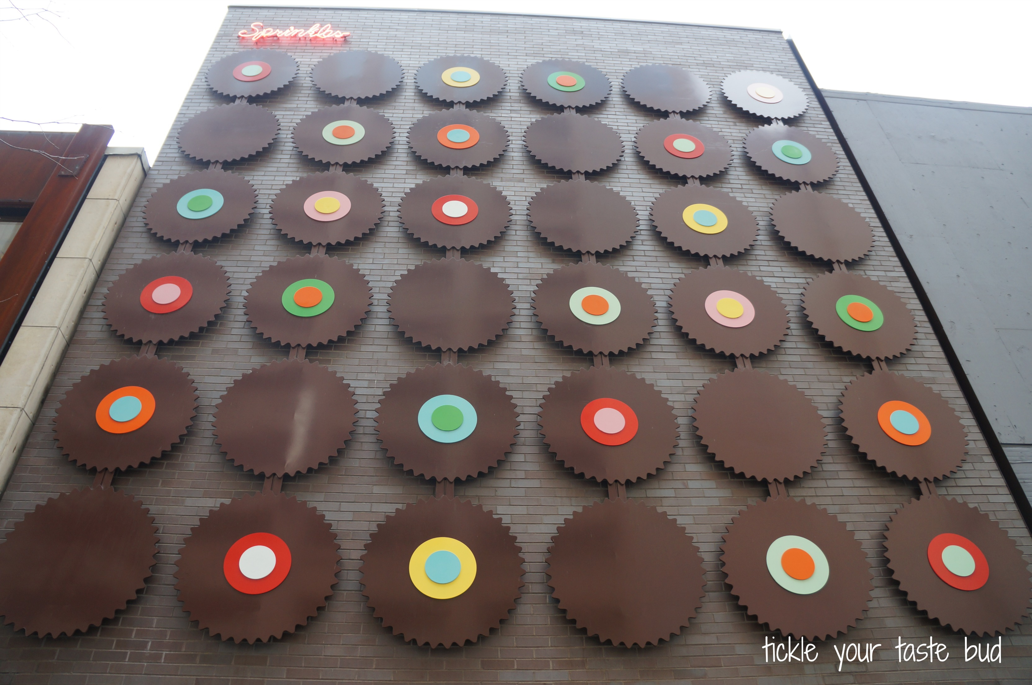 Sprinkles Cupcakes Chicago The Funky Beansthe Funky Beans