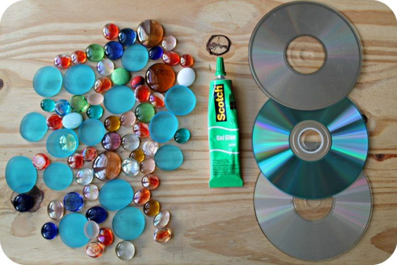 DIY Transformer vos CD en dessous de verre - The Funky Fresh Project