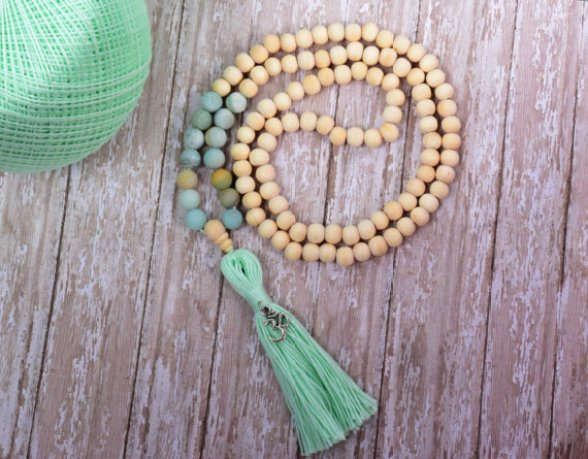 mala beads etsy MintAndGlamour meditation prayer beads