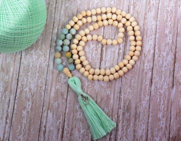 mala beads etsy MintAndGlamour meditation prayer beads
