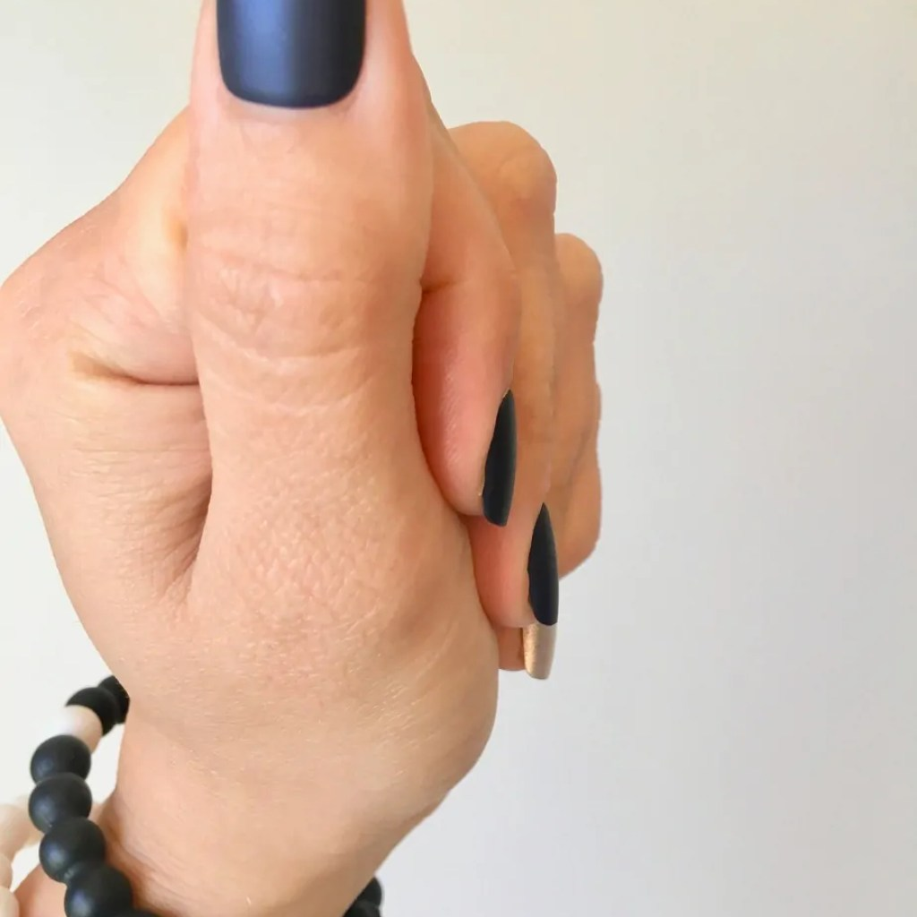 Check out my budget friendly at home manicure review of the Kiss Impress press on nails. Do they work? Do. they last? How much money can you save?